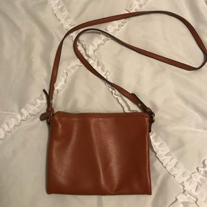 Brown crossbody purse from old navy!